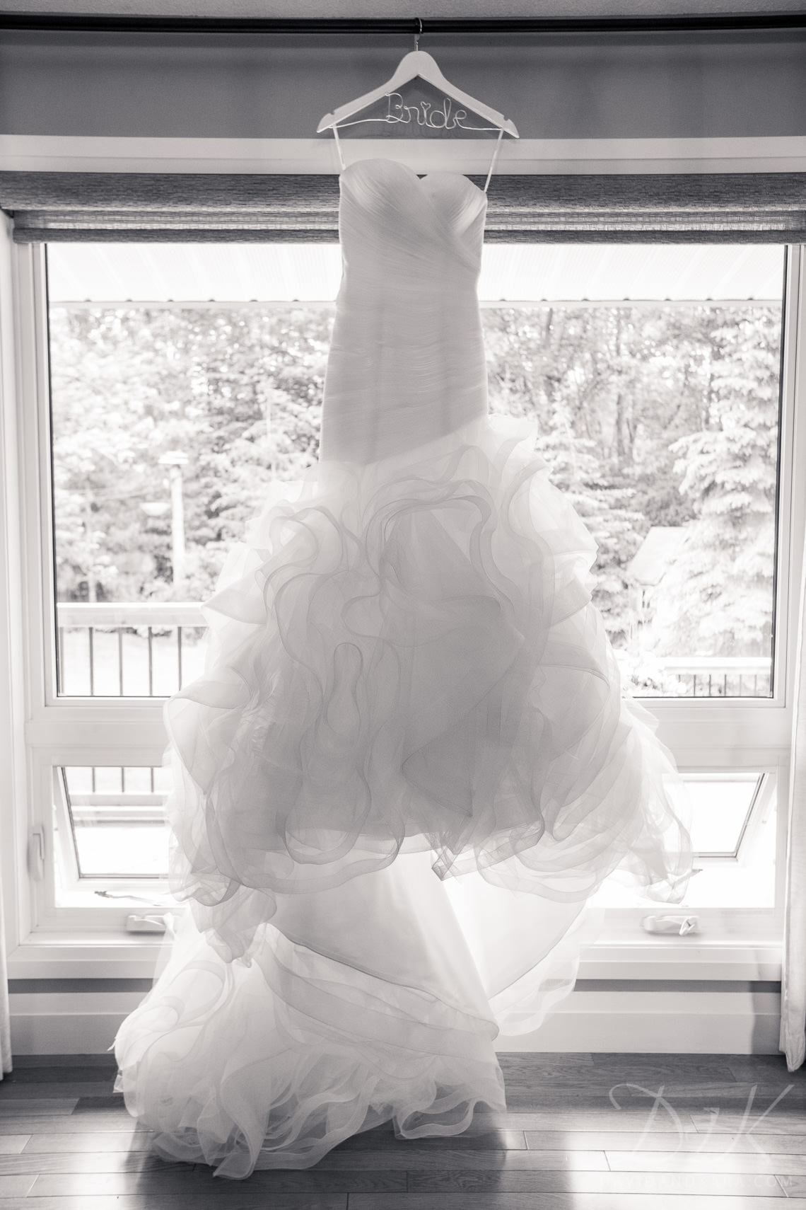 Kitchener Wedding Photographers | Kristin + Calvin: Country Wedding ...
